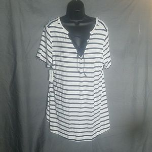 Old Navy top new with tags